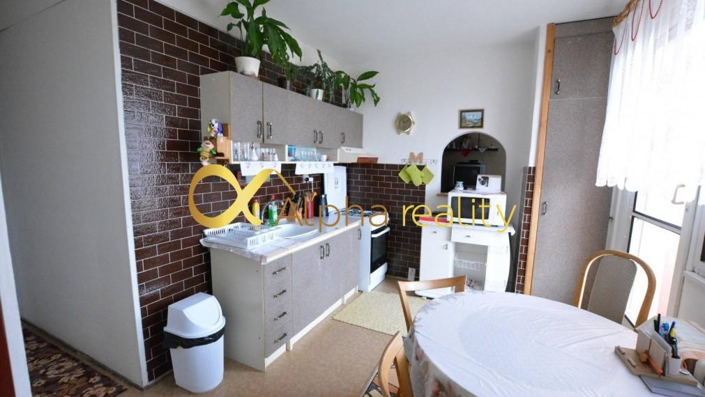 Exkluzívne 3 izbový byt s loggiou, sídlisko Západ, Smižany